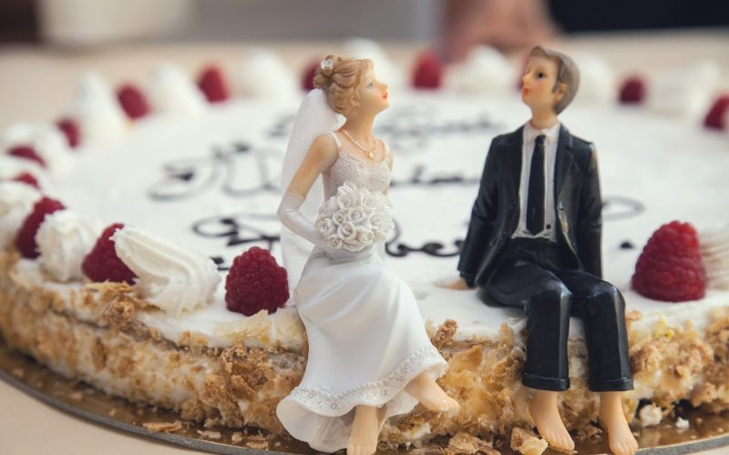 LATEST CAKE TRENDS FOR WEDDING